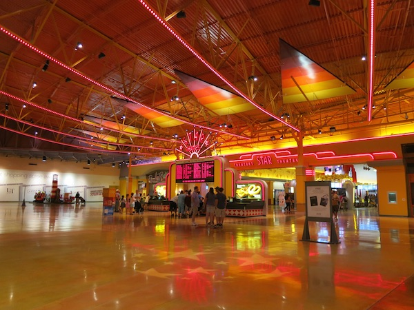 AMC Theater in Great Lakes Crossing Outlets